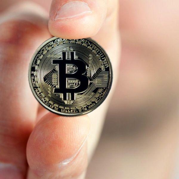 unde plătesc bitcoins vârsta opțiunilor