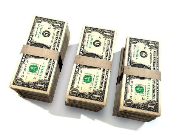 câștigurile la distanță în dolari