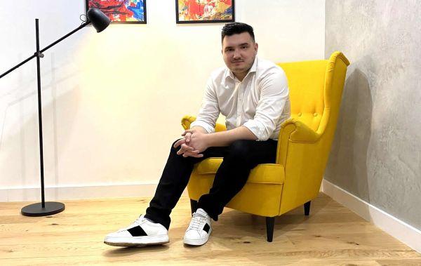 """Lucian Ungureanu, CEO-ul Justpixel: """"Firmele romanesti ar trebui sa investeasca masiv in imaginea lor digitala pentru a castiga increderea consumatorilor"""""""