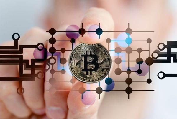 investiții cripto-mondiale opțiuni binare bdswiss investește 3000 în bitcoin