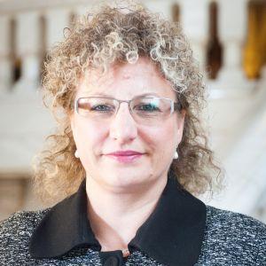 Dr. Diana Loreta Păun